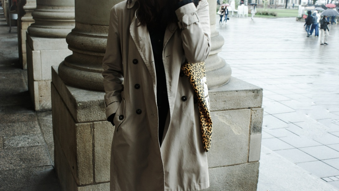 trenchcoat burberry rain autumn fall 2014 trend fashion