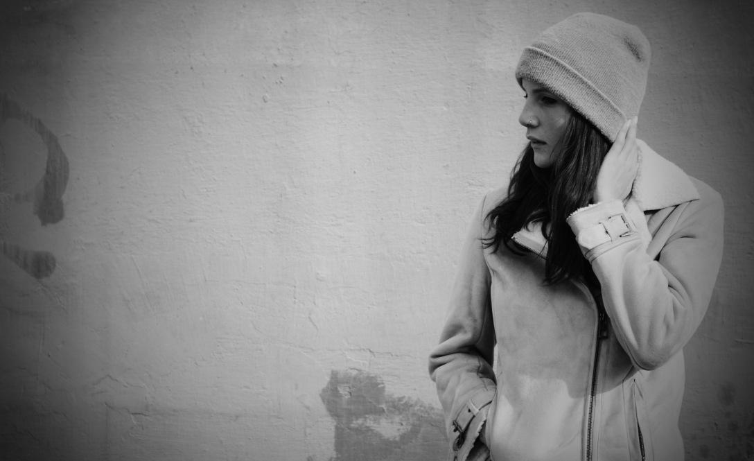 autumn fur coat camel fashion trend