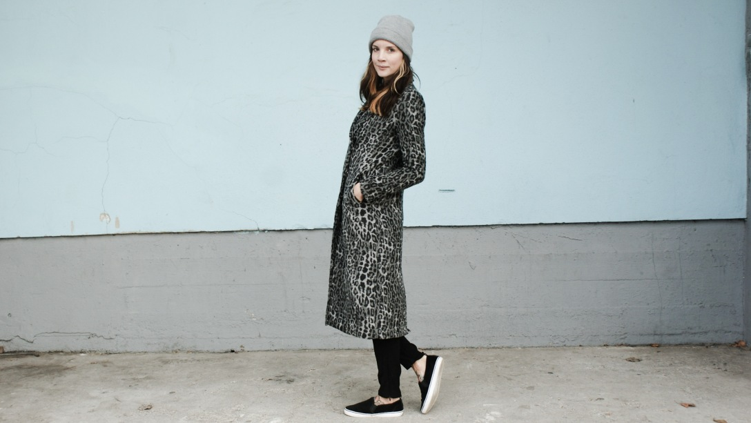 oversized coat leo look